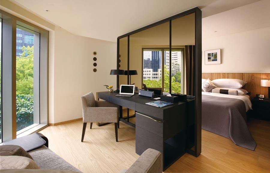 慕軒飯店於ITF台北國際旅展推出平假日都不加價的雙人住宿券。圖/業者提供