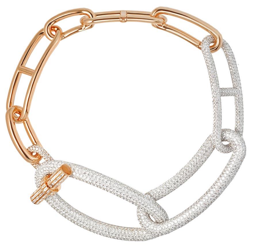 愛馬仕Adage Hermes玫瑰金與白K金鑲鑽項鏈,是最貴的作品,3007萬4500元。(HERMES提供)