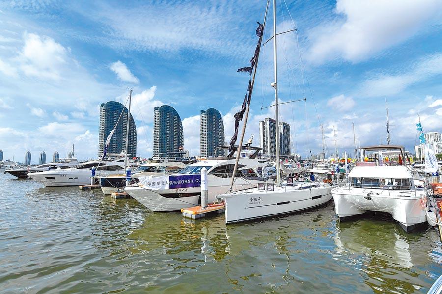 海南省三亞鴻洲國際遊艇會碼頭。(中新社資料照片)