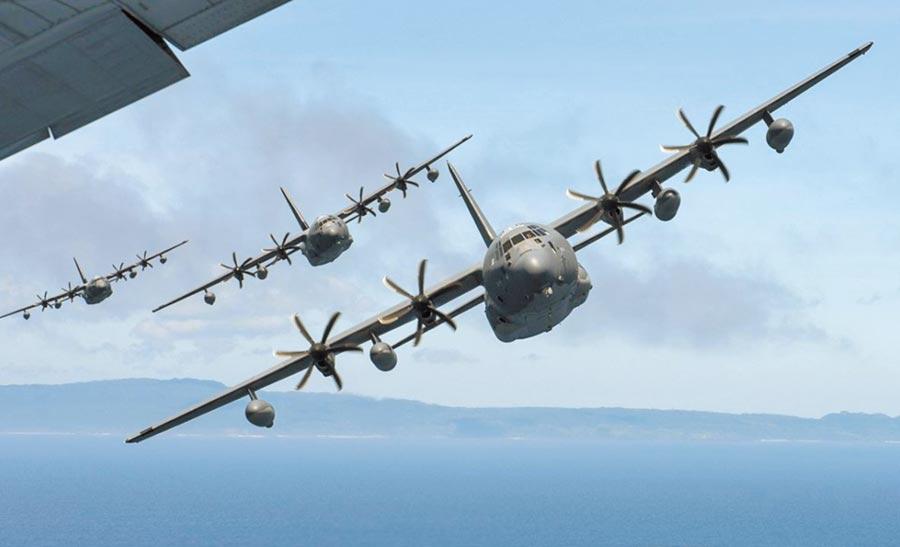 美軍一架MC-130型特種作戰機5日飛越台海。(取自美國空軍官網)