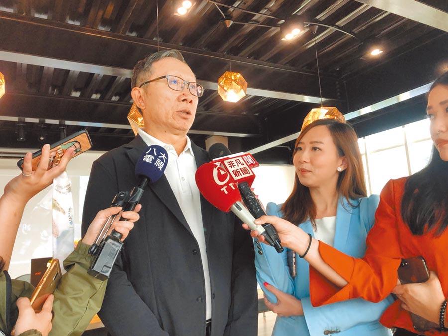 大田製鞋執行董事陳丙材受訪。(記者李澍攝)