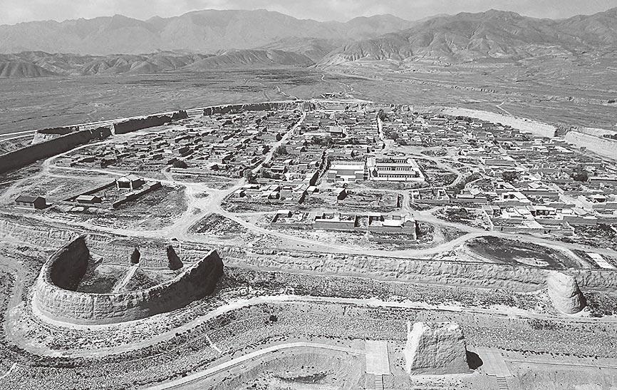 始建於明萬曆年間的「永泰龜城」。(新華社資料照片)