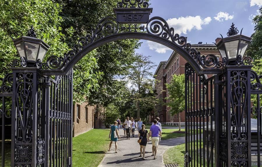 哈佛校園一景(圖片取自/達志影像)