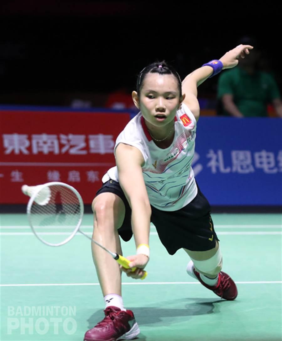 戴資穎用軟Q的手腕勾出漂亮反拍。(badminton photo提供/李弘斌傳真)