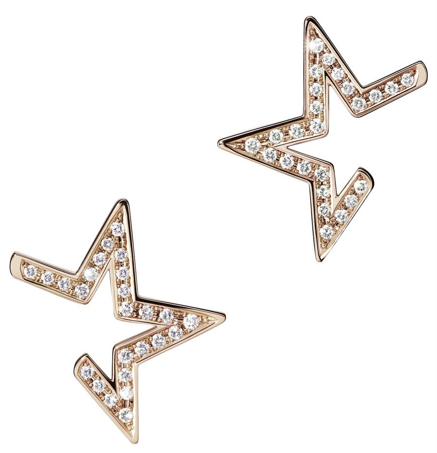 TASAKI abstract star鑽石櫻花金耳環,18萬9000元。(TASAKI提供)