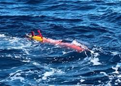 專為南海設計 陸海鯨潛航創紀錄