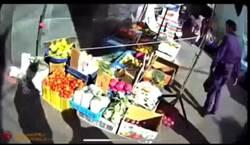 不滿取締攤販  8旬翁持鐮刀要砍警