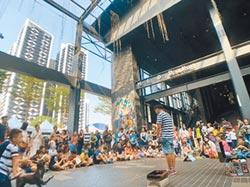 街頭藝人無處去 議員促增舞台