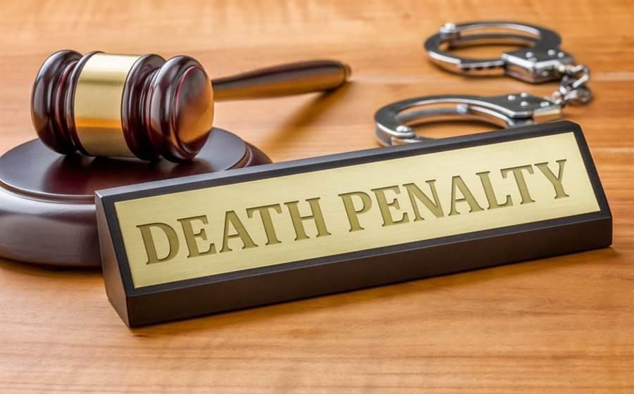 一位美國的死刑犯,在即將執行死刑的前11小時,被冤獄平反組織「無辜計畫」(Innocence Project)的律師,向法院提出申訴,指控此案真兇另有其人。(圖/達志影像)