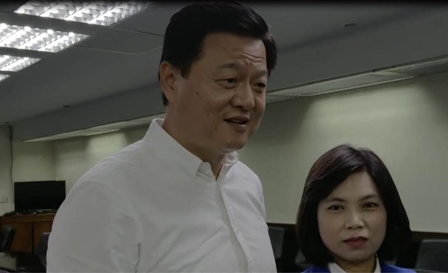 前台北縣長周錫瑋認為蔡賴配只能團結民進黨內部的台獨勢力,對黨外支持民眾不會加分。(程炳璋攝)
