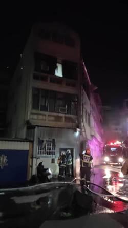 台中沙鹿移工宿舍深夜大火 14人嗆傷送醫