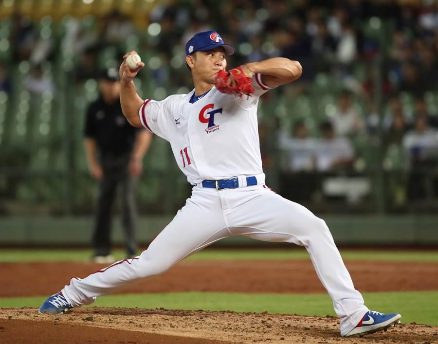 世界棒球12強賽複賽中華隊明日對上墨西哥,將由旅美投手江少慶先發。(資料照/鄭任南攝)