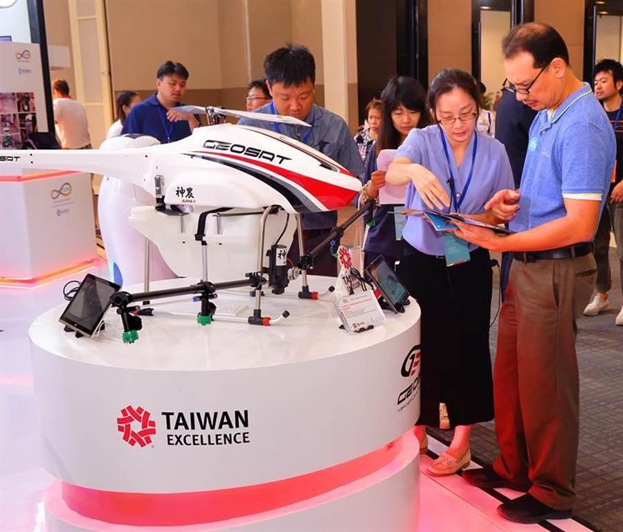 貿協台灣形象展首度移師納卯,台灣科技精品再度令當地業界驚豔。圖/貿協提供