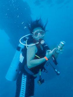 海底撈出動 清廢漁網護海洋