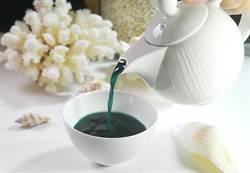 法國三星名廚創作「藍蝦湯」 視覺美不可思議!