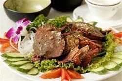 冬遊萬里品涼風!野柳賞駱駝峰、胡椒石蟳嘗美味