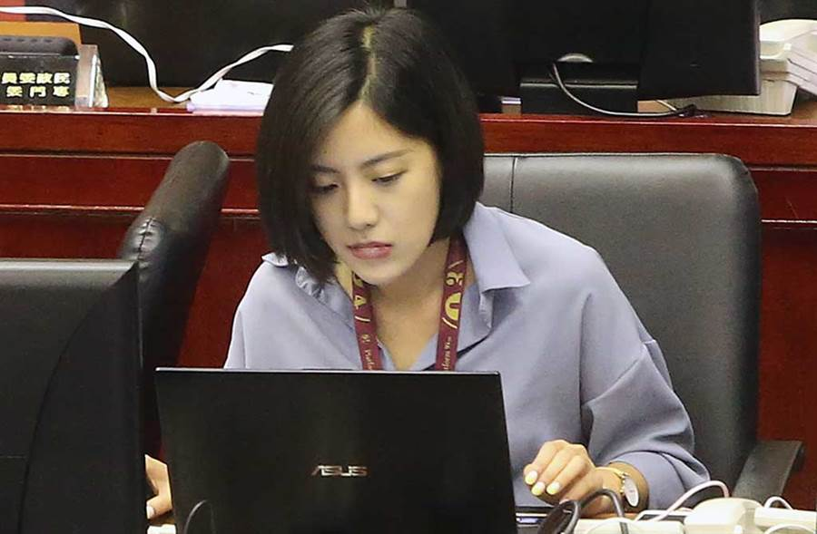 「學姊」黃瀞瑩曾表示不能接受男生遲到,更不能跟別的女生曖昧。(中時資料照片)