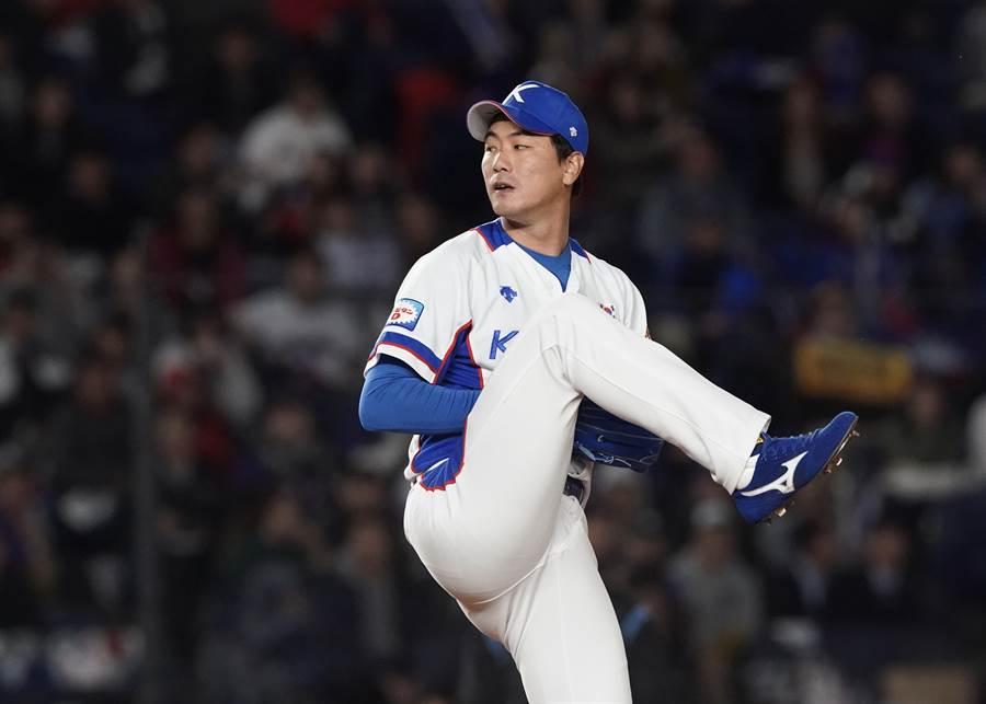 韓國隊王牌先發金廣鉉僅投3.1局,就遭中華隊打退場。(WBSC提供/鄧心瑜傳真)