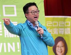 羅文嘉一席話 遭重砲轟:正綠選民能不好好教訓一下?