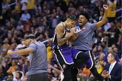 NBA》湖人單場39助攻 31年來最強紀錄