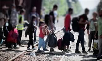 民族熔爐崩壞!上月入境美國難民人數掛蛋