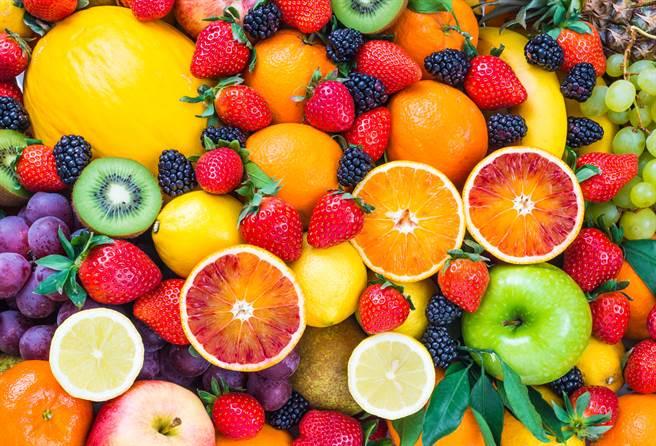 吃水果除了時機要注意,其實份量更是關鍵!(圖/達志影像)