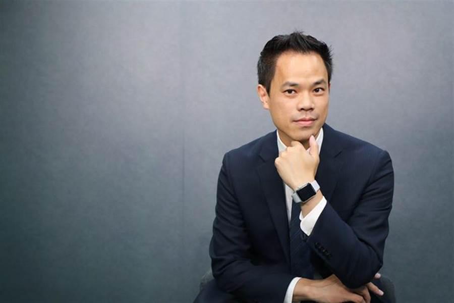 大大讀書創辦人許景泰打造全台最大影音說書平台。(圖/大大學院)