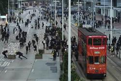 交通受阻 港教育局宣佈所有學校本周全部停課