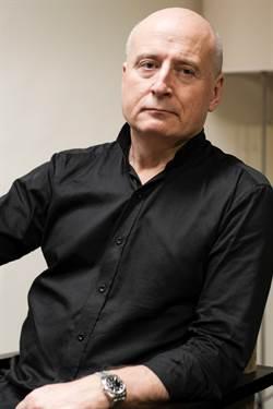 指揮家帕佛.賈維面向大眾 以音樂深入人心