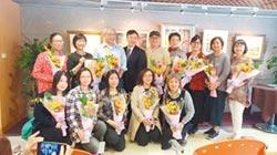台灣粉彩協會 長庚養生村推廣銀髮創作