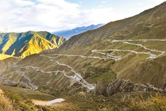 川藏公路英雄 養護搶險29年