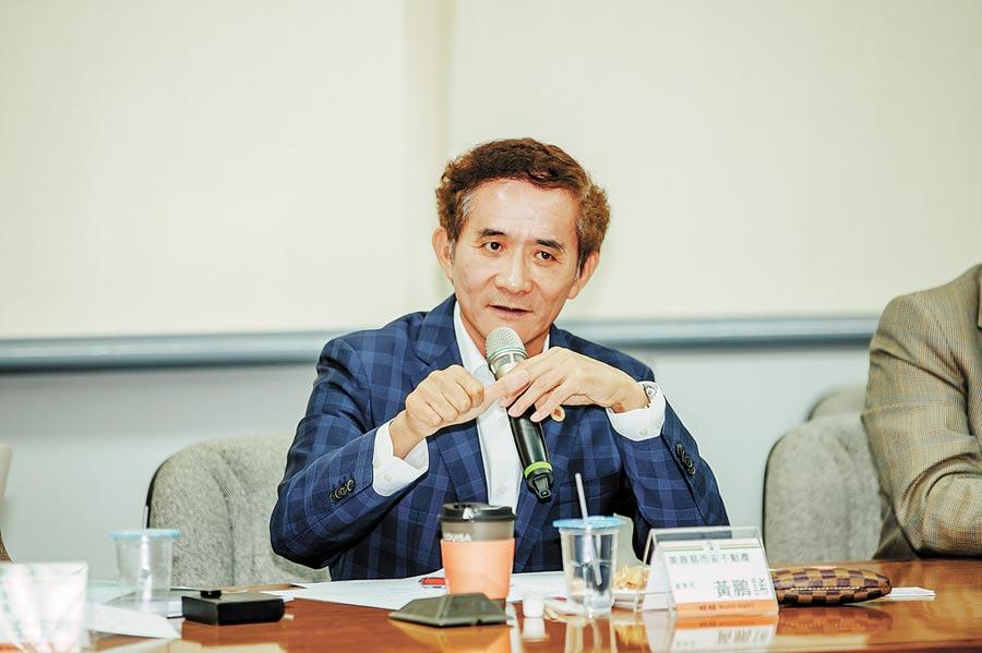 美商易而安不動產董事長黃鵬䛥。(記者林誌鈺攝)