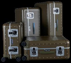 FPM攜手Nick Wooster 聯名行李箱全台12顆