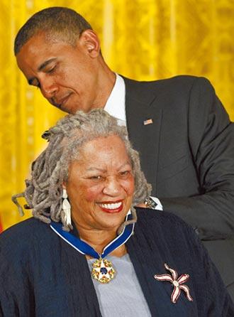 托妮.莫里森美國黑色的良心