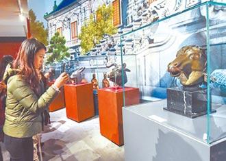 何鴻燊守護文物 購圓明園國寶馬首銅像交還大陸
