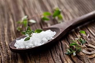 長期吃海鹽、岩鹽 代謝會出問題