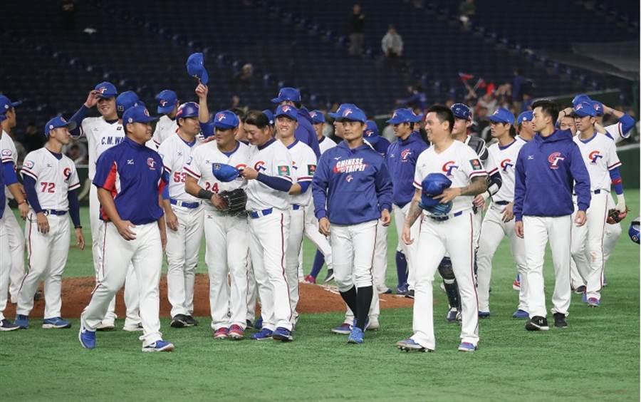 中華隊在12強最終戰以5比1擊敗澳洲隊,拿下此屆第五名。(中央社)