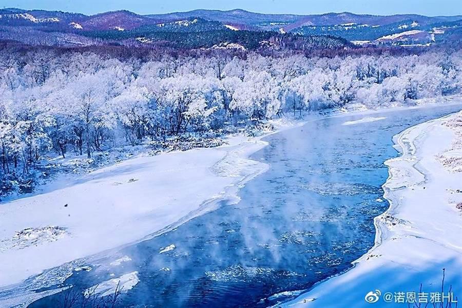 內蒙古最近受寒潮襲擊,溫度驟降。(取自新浪微博@諾恩吉雅HL)