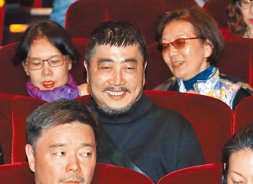 小蟲昨從北京返台欣賞演唱會。(粘耿豪攝)