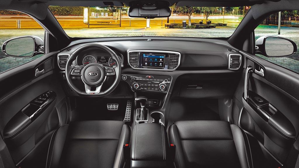 標配DRIVE WiSE智慧安全輔助系統。圖片提供KIA