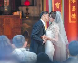 高清圖集》林志玲1117婚禮全紀錄 王子公主浪漫接吻宛如童話故事
