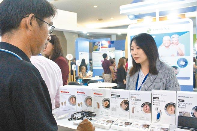 台灣業者積極在形象展上尋找當地代理商或經銷商。(記者李澍攝)