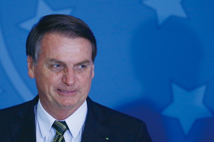 巴西終於通過年金改革,對總統波索納洛可說是一大政治勝利。圖╱美聯社
