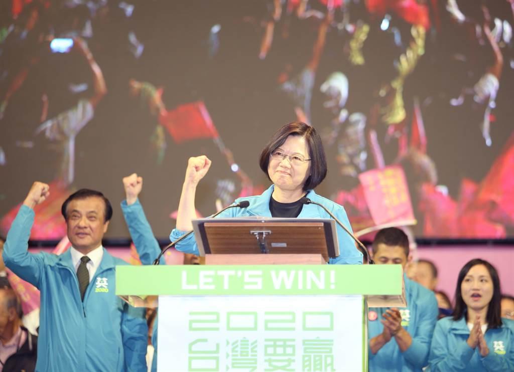 投票》蔡英文、韓國瑜造勢場比一比,誰人氣高?