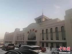 中俄鐵路口岸站:綏芬河站迎戰暴雪