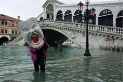 威尼斯鬧水災 民眾怪「摩西」工程拖延