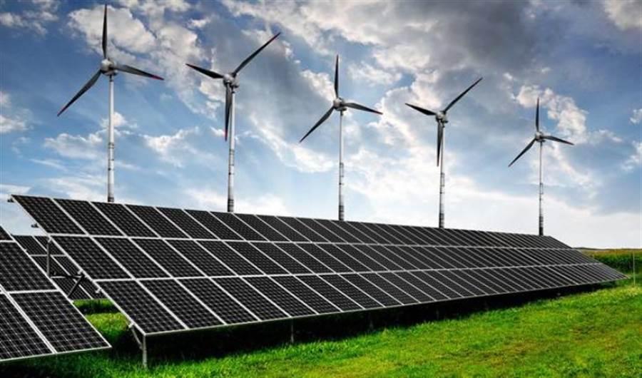 加州希望用太阳能和风能来减碳,但实际结果是天然气电厂大量增加。(图/网路)