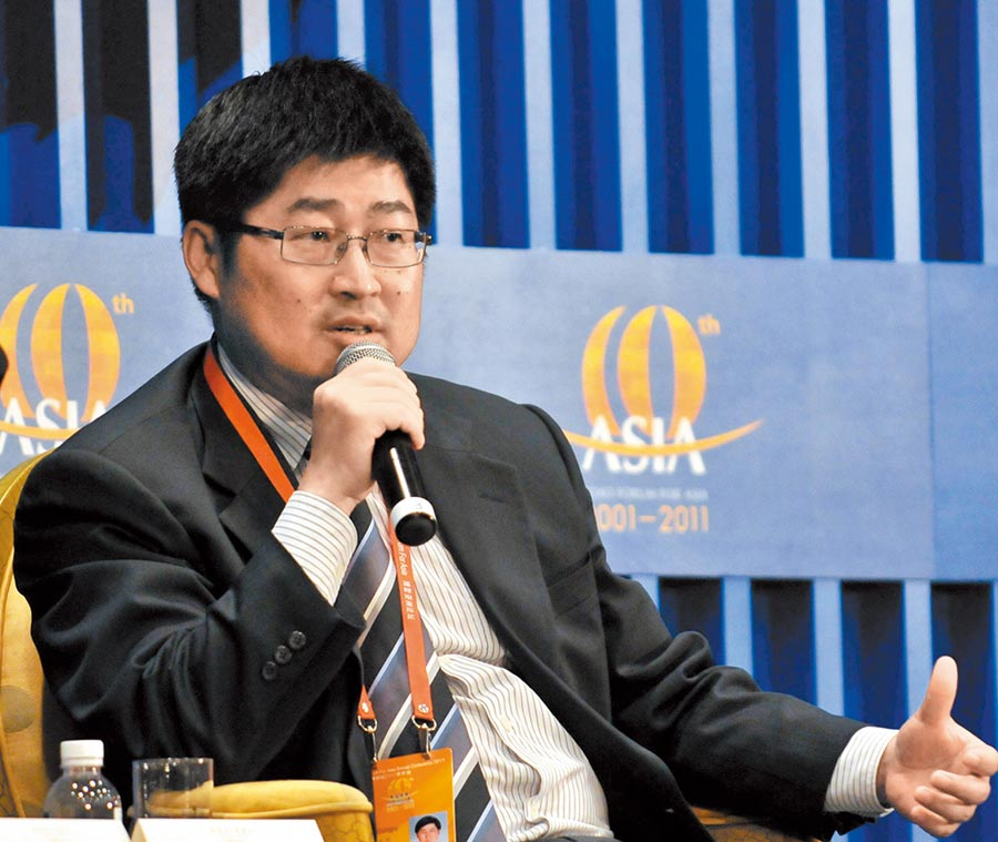 2012年時任大陸證監會主席助理的朱從玖轉任浙江省副省長。(新華社資料照片)