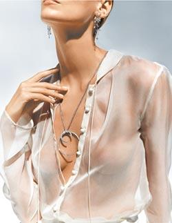 亞曼尼首推高級珠寶 低調簡約又百搭