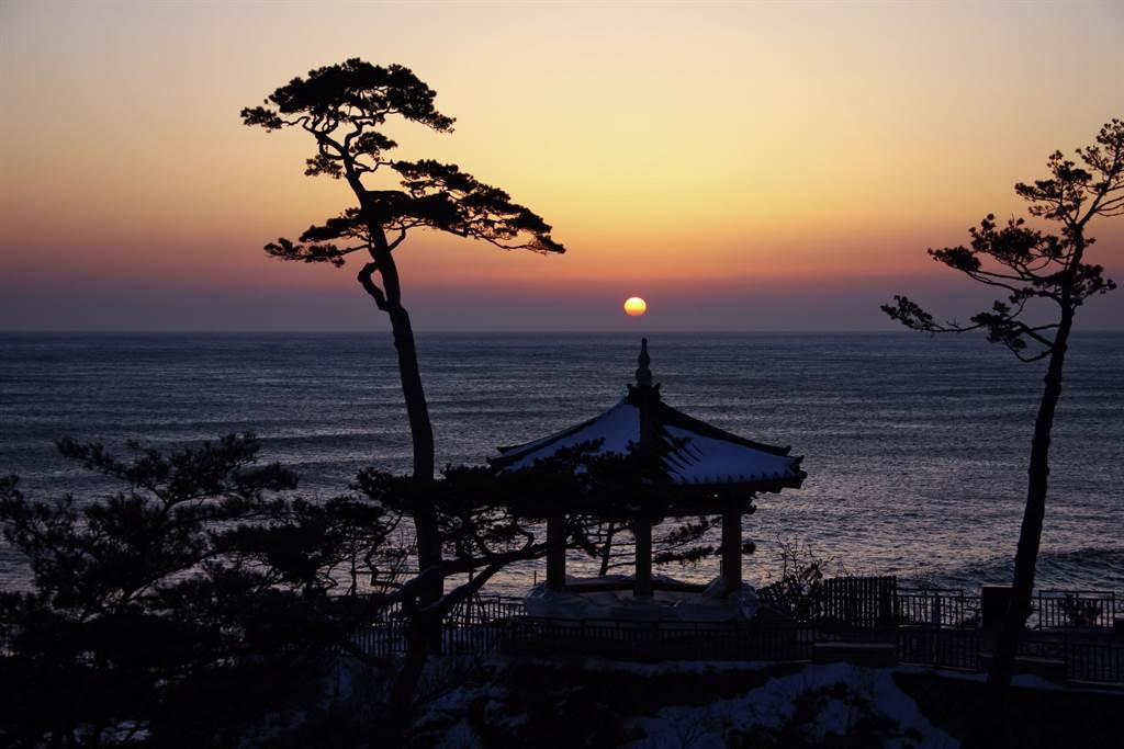 江原道東海日出美景。圖:業者提供